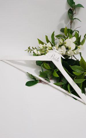 adult-white-coat-hanger-silver-font11