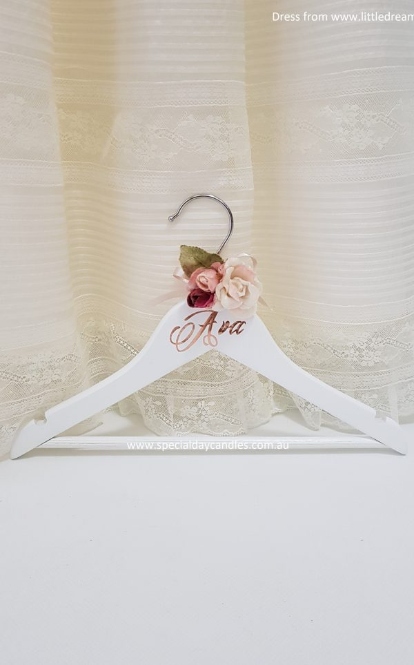 child-coat-hanger-flowers-velvet-font9