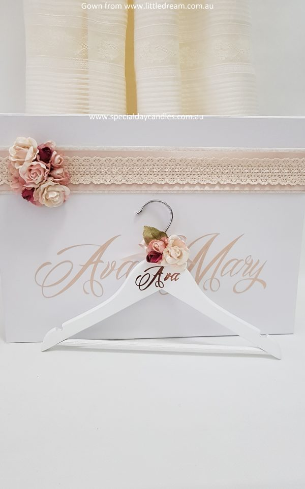 child-coat-hanger-velvet-flowers-font9
